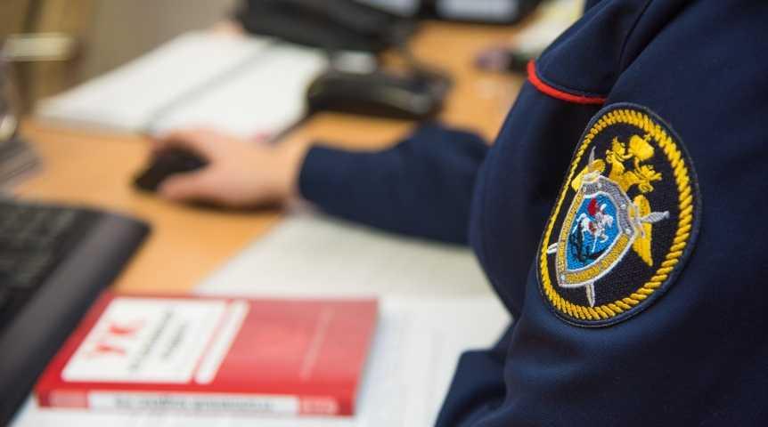 На Ставрополье 18-летняя девушка родила дочь и выбросила ее в окно