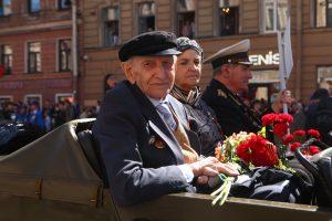 В Петербурге утвердили порядок предоставления субсидий объединениям ветеранов