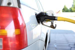 У петербургской топливной компании украли нефтепродукты почти на 900 тыс. рублей