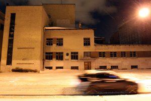 «Кабель жизни» в Петербурге: трамваи военной поры приехали к «Блокадной подстанции»