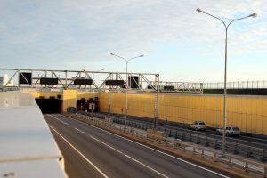 В ближайшие 10 дней будут периодически перекрывать движение по тоннелю дамбы