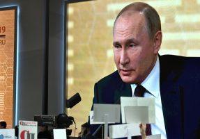 Путин может выступить с заявлением по коронавирусу на следующей неделе