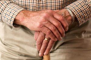 Беглов: Город поддержит работающих пенсионеров в условиях ограничений
