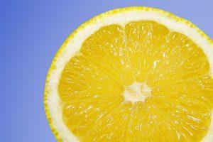 СМИ: В ФАС пообещали проверить поставщиков лимонов