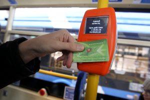 Петербуржцы восстановили действие 21 тыс. льготных проездных билетов