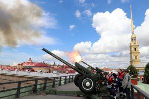 В честь Дня города будет дан артиллерийский салют