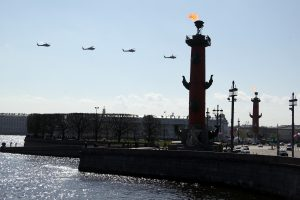 Просто выходной… но с авиацией? Как прошло утро Дня Победы в Петербурге