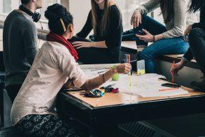 Минобрнауки рекомендовало вузам сохранить стоимость обучения на уровне 2019 года