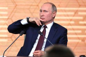 Владимир Путин: Ситуация с коронавирусом в России улучшается