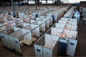 В России за сутки выписали из больниц больше 12 тыс. человек, переболевших COVID-19