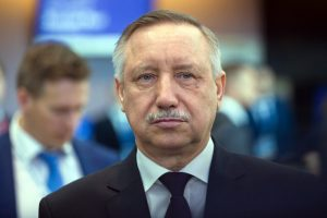 Беглов поздравил петербуржцев с Днём соцработника