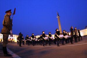 Более 120 военнослужащих-женщин ЗВО примут участие в Параде Победы в Петербурге