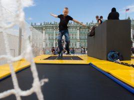 Путин порекомендовал построить в Петербурге батутный зал