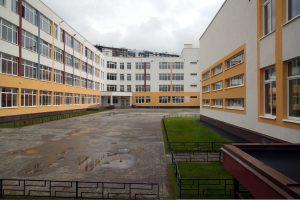 Губернатор пообещал открыть школу на Комендантском проспекте к началу учебного года