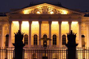 С понедельника в Петербурге откроются музеи и фитнес-клубы