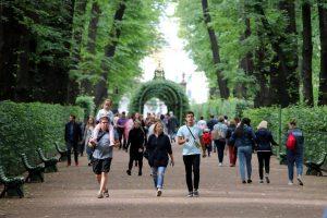 Культура, откройся: в Петербурге заработали Летний сад и Эрмитаж