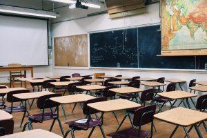 К 1 сентября в Петербурге продезинфицируют все образовательные учреждения