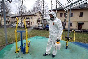 В России выявили почти 5 тыс. новых случаев COVID-19