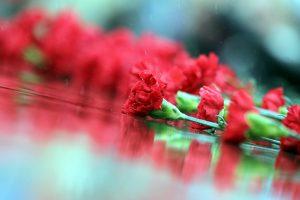 Петербург вспоминает жертв Беслана и  Второй мировой войны