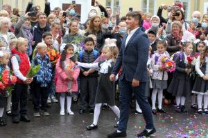 День силы: в школах Петербурга начался новый учебный год