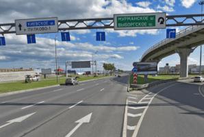 На развязке КАД с Пулковским шоссе ограничат движение по одному из съездов