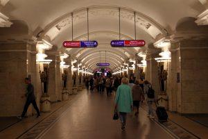 Конец подземной эпохи: «Линкрустовый вагон» последний раз провёз пассажиров метро