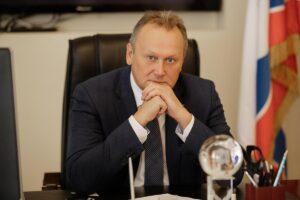 В Ленобласти главу Выборгского района задержали по подозрению в мошенничестве