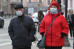 Коронавирусные ограничения в Петербурге продлили до конца ноября