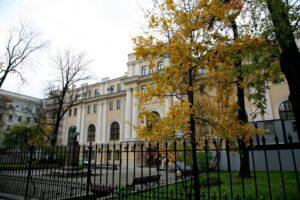 В Петербурге завершились работы по реставрации Александринской женской больницы