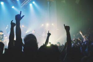 Ночные клубы Петербурга ждут рейды