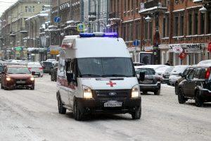 К крупнейшей поликлинике Невского района добавят станцию «скорой помощи»