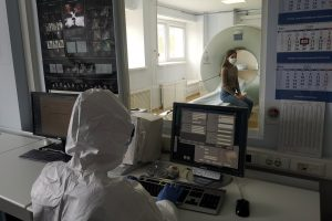 Центр имени Алмазова развернул дополнительные места для лечения петербуржцев с COVID-19