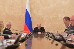 Мишустин призвал россиян соблюдать рекомендации Роспотребнадзора в новогодние каникулы