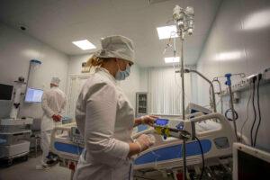 Беглов: В городе свободно рекордное количество коек для пациентов с COVID-19