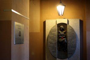 Блокадный архив Ленинградского радио передали в государственный архивный фонд