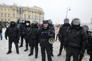 В Петербурге задержали мужчину, ударившего двоих полицейских во время субботнего митинга