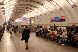На станциях «Петроградская» и «Садовая» отремонтируют эскалаторы