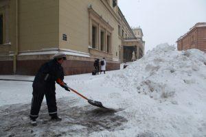 Синоптик: На погодных фронтах Петербурга без перемен