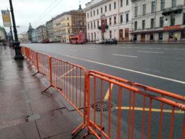 Центр Петербурга перекрыли по требованию МВД