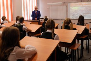 Кабмин упростил правила сдачи школьных экзаменов в 2021 году