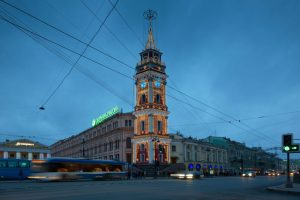 СМИ: часы на Думской башне отрегулировали после сбоя