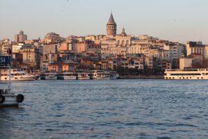 СМИ: В Турции назвали условия отмены теста на COVID-19 для россиян