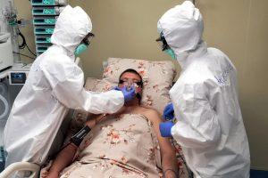 В Петербурге с начала пандемии выявили более 383 тыс. случаев заражения COVID-19