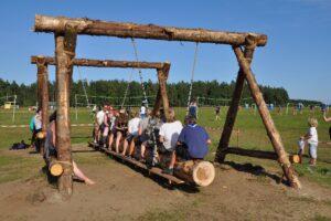 В загородных детских лагерях организуют весенние и летние смены для юных петербуржцев