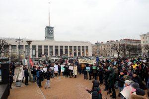 Смольный вернёт площадь Ленина в число гайд-парков